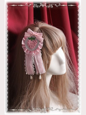 "Infanta ""Strawberry Little Chef"" Lolita Hairclip / Brooch (1)"