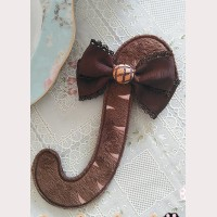 """Infanta """"Chocolate Trojan"""" Cat Tail Brooch"""