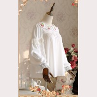 Infanta Strawberry embroidery Lolita Blouse