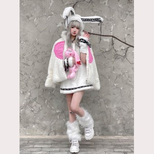 Pink Heart Fluffy Kawaii Punk Jacket by Diamond Honey (DH307)