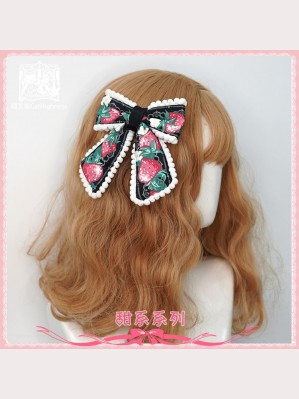 Strawberry Cat Lolita Hair Clip by Cat Highness (CH22)