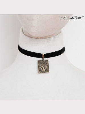 Evil Lamour Stamps velvet necklace ac81
