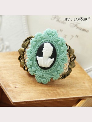 Evil Lamour Korean upscale brooch ac145