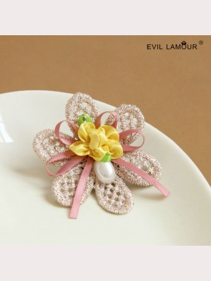 Evil Lamour lace flower brooch ac324