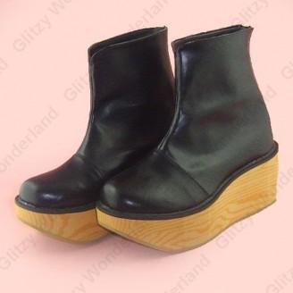 Black rocking horse calf boots