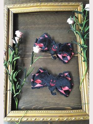 Infanta Bat Lolita Hairpin